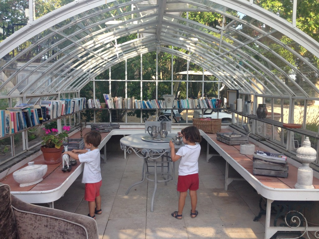 Greenhouse Chateau Les Carrasses