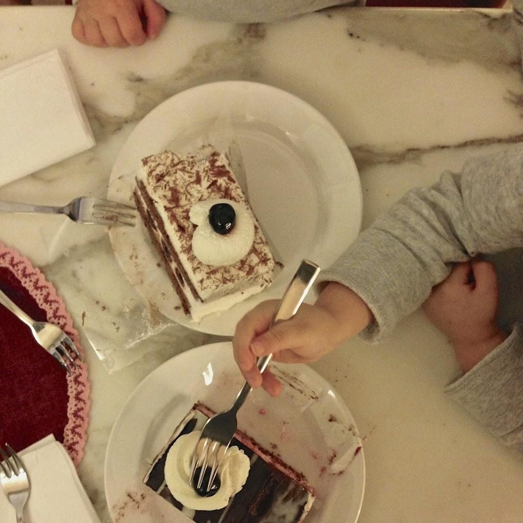 Torte1-2BMomsabouttown