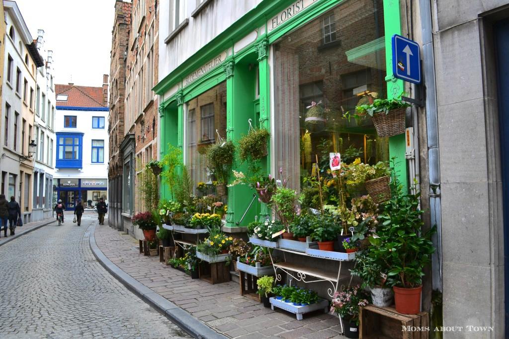 Flower shop Bruges Momsabouttown