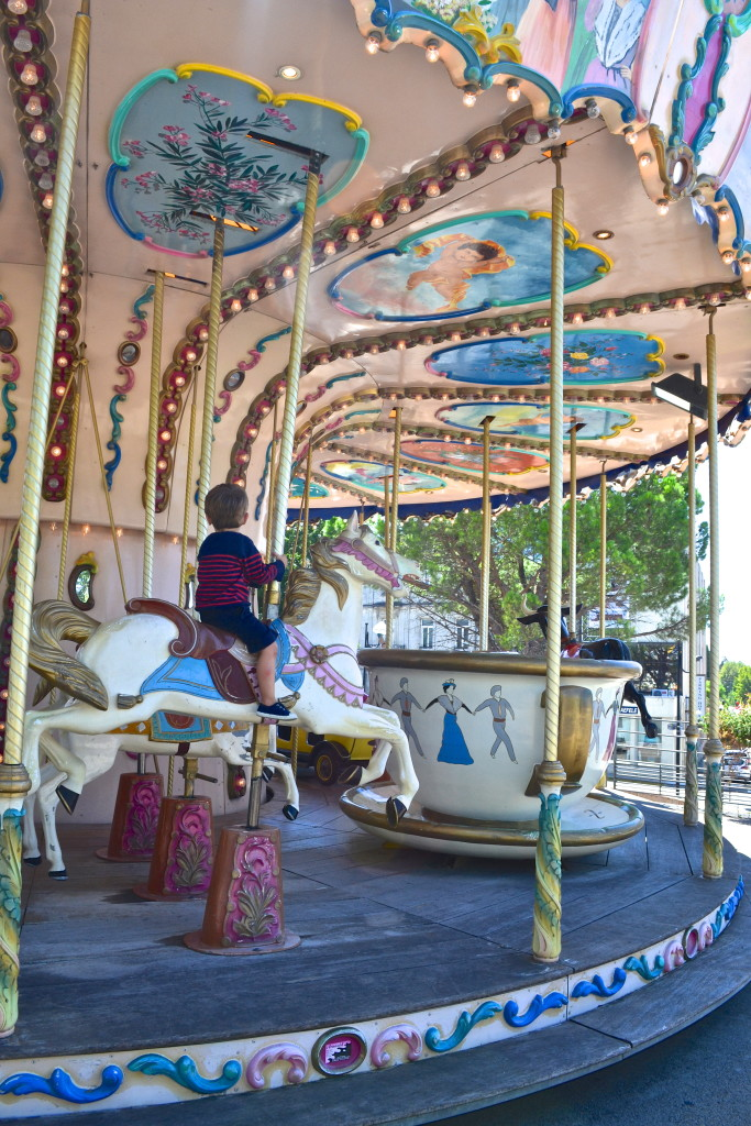 carousel Arles